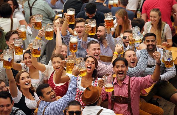 Oktoberfest「Oktoberfest 2019 Opening Weekend」:写真・画像(1)[壁紙.com]