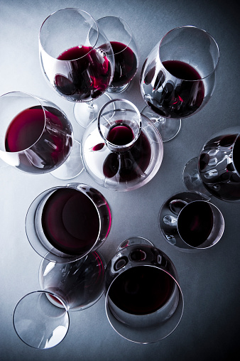 Decanter「Glasses of red wine」:スマホ壁紙(2)