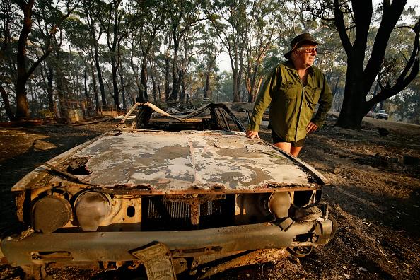 Smiling「Fires Ravage Southeast Victoria」:写真・画像(19)[壁紙.com]