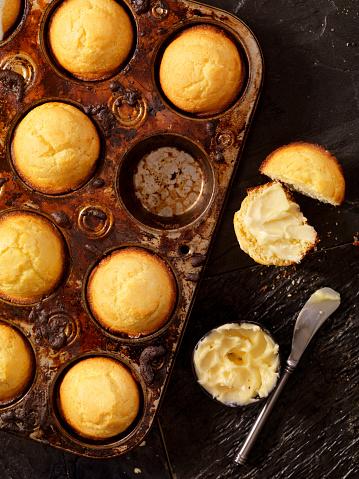 Corn Bread「Corn Bread Muffins in Baking Tin」:スマホ壁紙(9)