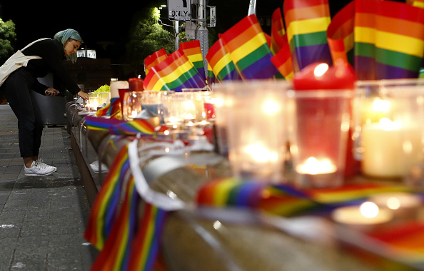 フロリダ州オーランド「Australians Hold Candlelit Vigils For Victims Of Orlando Nightclub Shooting」:写真・画像(1)[壁紙.com]