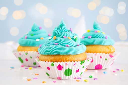 Icing「Party Cupcakes」:スマホ壁紙(7)