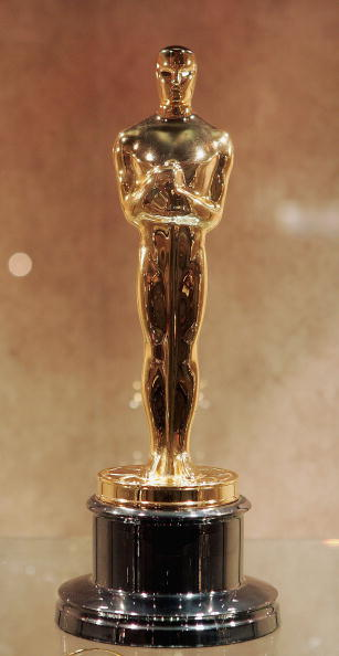 Oscar Statuette「Oscar Manufacturers Make Statuettes For Academy Awards」:写真・画像(17)[壁紙.com]