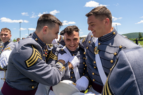 Decisions「President Trump Speaks At West Point Graduation Ceremony」:写真・画像(16)[壁紙.com]
