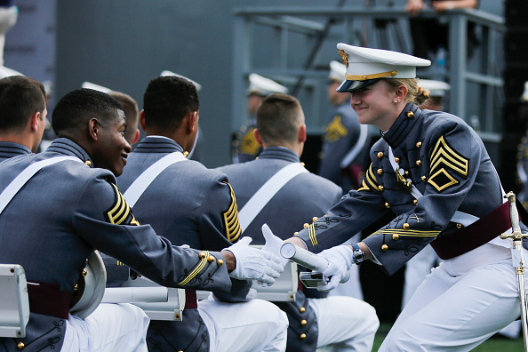 Eduardo Munoz Alvarez「Commencement Ceremony Held At U.S. Military Academy At West Point」:写真・画像(7)[壁紙.com]