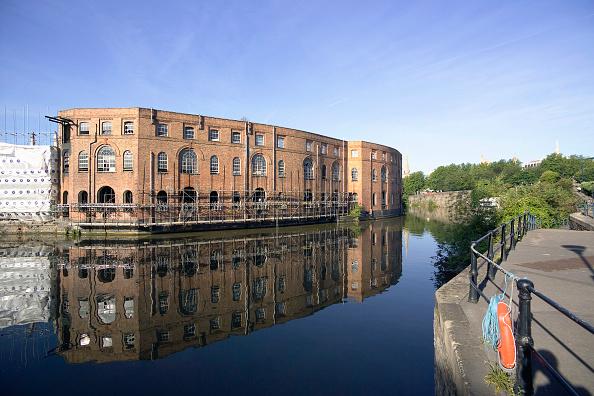 Footpath「Finzels Reach will be a new city quarter for Bristol, England, UK」:写真・画像(19)[壁紙.com]