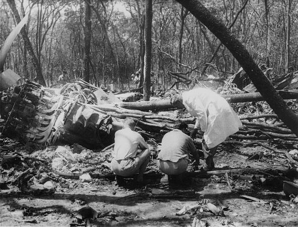 Carrying「Dag Hammarskjold Crash」:写真・画像(8)[壁紙.com]