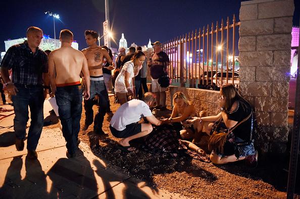 ネバダ州「Reported Shooting At Mandalay Bay In Las Vegas」:写真・画像(15)[壁紙.com]