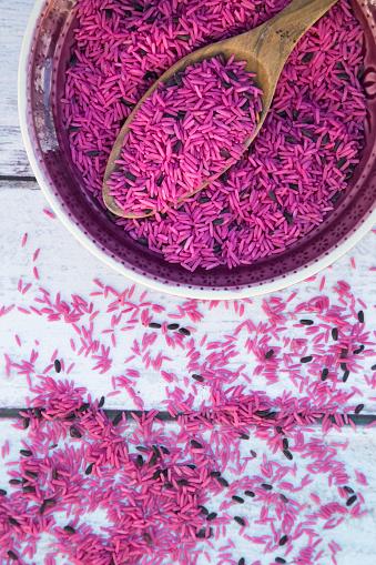 Basmati Rice「Pink organic basmati rice in bowl」:スマホ壁紙(1)
