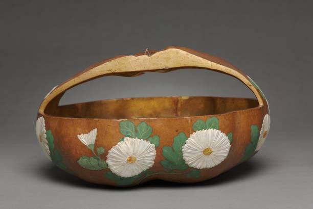 Gourd Basket With Chrysanthemum Design:ニュース(壁紙.com)