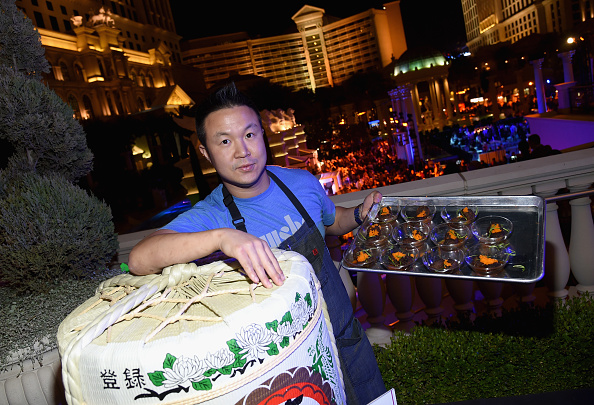 Crunchy「Celebrity Chefs Light Up The Strip At Vegas Uncork'd By Bon Appetit's Grand Tasting At Caesars Palace」:写真・画像(1)[壁紙.com]