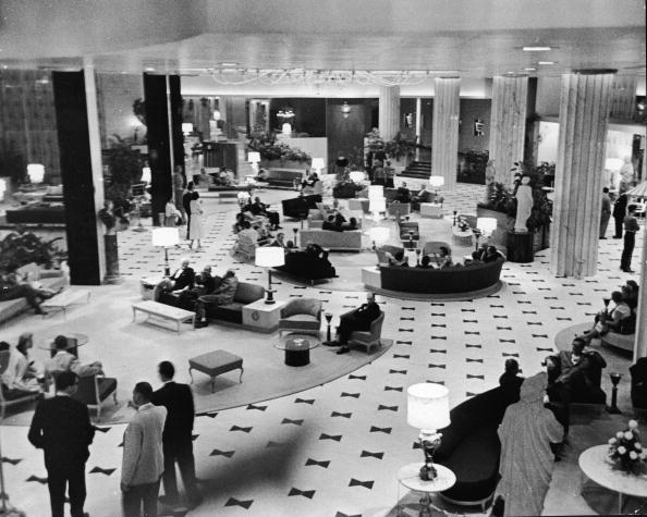 Hotel「Lobby Of The Fonatinebleau」:写真・画像(10)[壁紙.com]
