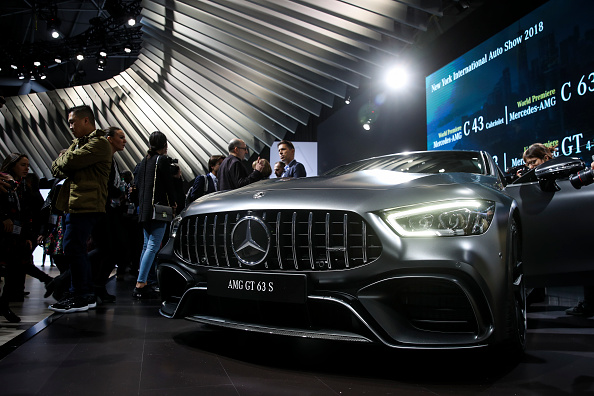 Drew Angerer「Automobile Manufacturers Debut Latest Models At The New York International Auto Show」:写真・画像(3)[壁紙.com]