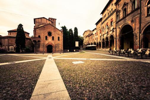 Town Square「Piazza Santo Stefano in Bologna, Italy」:スマホ壁紙(15)