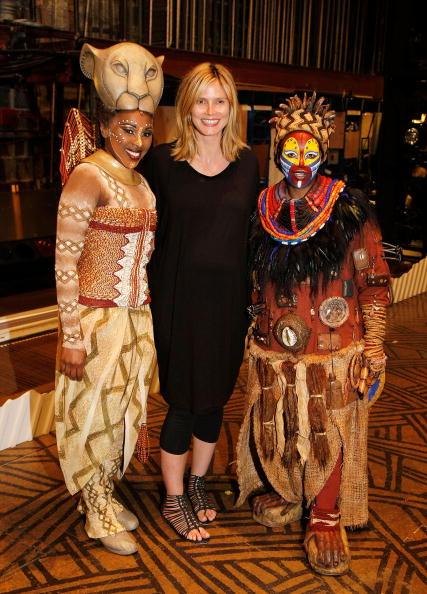 The Lion King「Heidi Klum Visits 'The Lion King' On Broadway」:写真・画像(9)[壁紙.com]