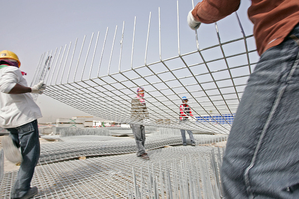 Mid Adult「Floating Bridge, Deira, Site visit, Dubai, United Arab Emirates, April 2007. Nukote Coating Systems Middle East won the coating contract for the US $42 million (AED 155 million) floating bridge project to be built in Deira, Dubai, United Arab Emirates.」:写真・画像(18)[壁紙.com]