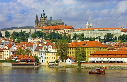 St Vitus's Cathedral「St. Vitus's Cathedral and Hradcany Castle. Prague」:スマホ壁紙(18)