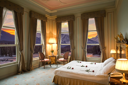 Luxury Hotel「Hotel room with panoramic view of the mountains」:スマホ壁紙(17)