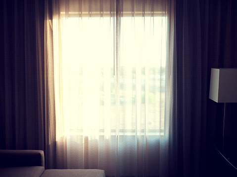 Sunny「Hotel Room Curtains and Sunlight」:スマホ壁紙(10)