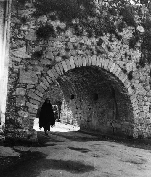 Arch - Architectural Feature「Old Archway」:写真・画像(4)[壁紙.com]
