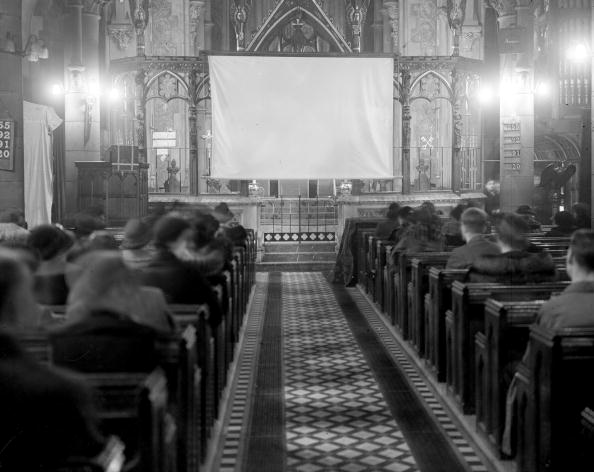 Film Industry「Church Cinema」:写真・画像(18)[壁紙.com]