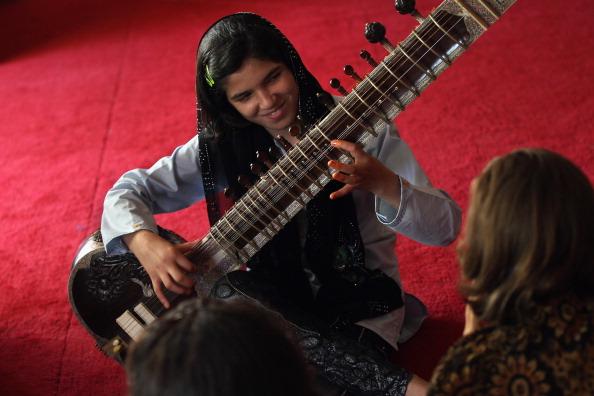 シタール「USAID Spends Billions On Afghan Development And Aid Projects」:写真・画像(16)[壁紙.com]