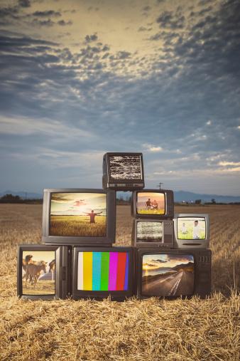 Video Still「Broadcasting」:スマホ壁紙(14)