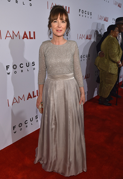 "Gray Dress「Premiere Of Focus World's ""I Am Ali"" - Red Carpet」:写真・画像(12)[壁紙.com]"