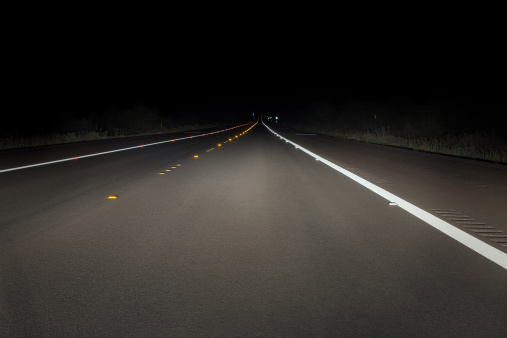 Road Marking「Safety concept: night drive on a fresh paved road」:スマホ壁紙(15)