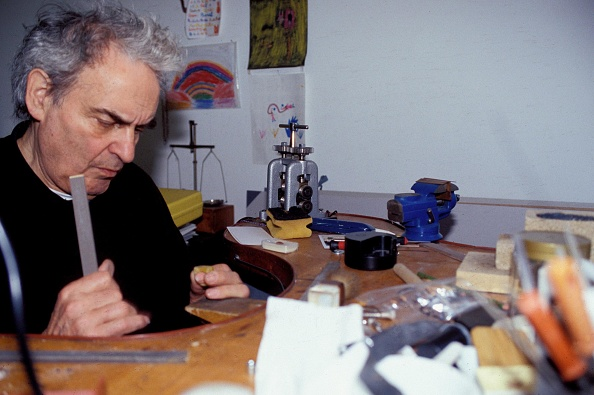 Sharpening「Prof Peter Raacke」:写真・画像(15)[壁紙.com]