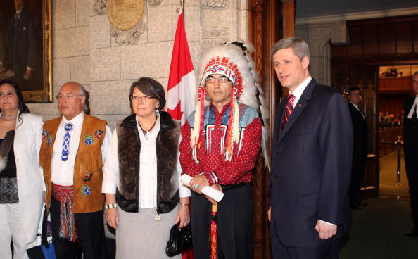 Ottawa「In Act Of Reconciliation, Canada Apologizes For Aboriginal Abuses」:写真・画像(8)[壁紙.com]