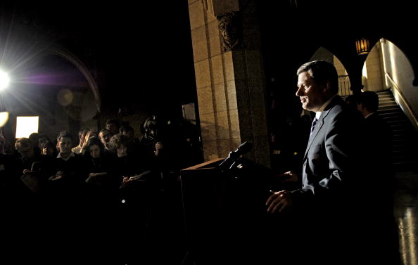 First Occurrence「Stephen Harper Holds First Post-Election News Conference」:写真・画像(17)[壁紙.com]