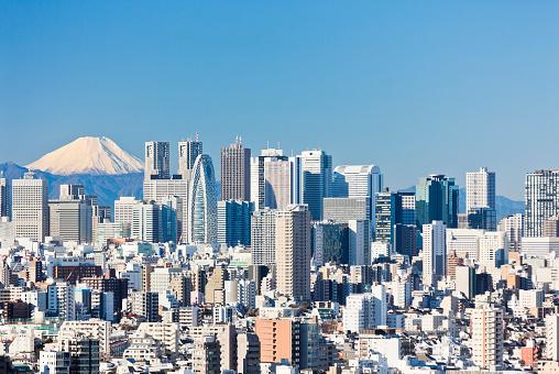 Japan「澄んだ青い空と東京の街並」:スマホ壁紙(0)