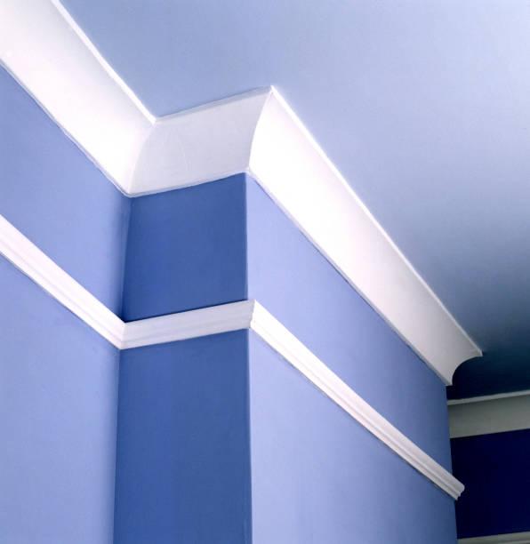 Fresh paint applied on living room walls:ニュース(壁紙.com)