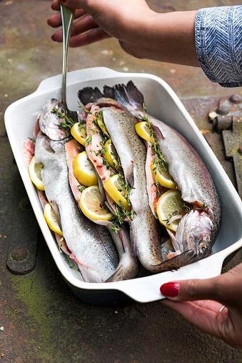 Picnic「Dish Full of Fish」:スマホ壁紙(10)