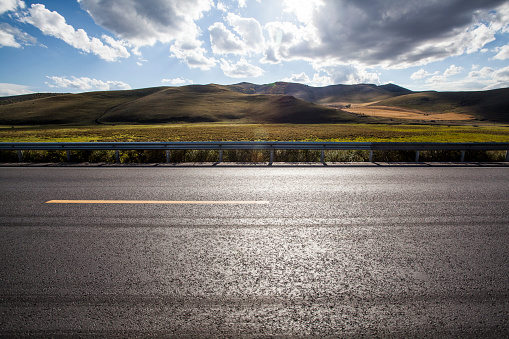 Wide Shot「Highway in Inner Mongolia province, China」:スマホ壁紙(9)