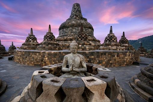 Ancient Civilization「Buddha Statue at Borobudur, Magelang, Yogyakarta, Central Java, Indonesia」:スマホ壁紙(4)