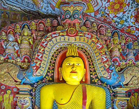 Sri Lanka「Buddha statue at Selawa Cave Temple」:スマホ壁紙(16)