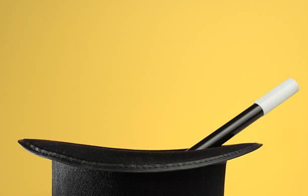 魔術の道具に黄色のコピースペース付き:スマホ壁紙(壁紙.com)