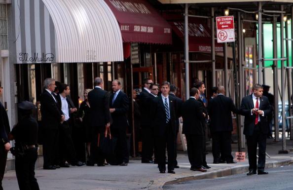 Waiting「President Obama Dines In New York City」:写真・画像(12)[壁紙.com]