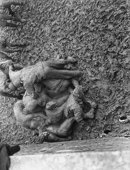 Dirty「Muddy Etonians」:写真・画像(12)[壁紙.com]