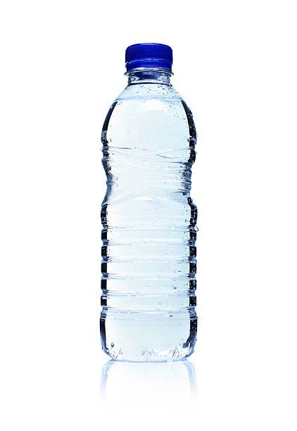 Backlit plastic water bottle. Isolated on white.:スマホ壁紙(壁紙.com)