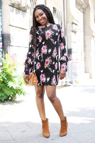 Floral Pattern Dress「Street Style Day 2 - Mercedes-Benz Fashion Week Berlin Spring/Summer 2018」:写真・画像(9)[壁紙.com]