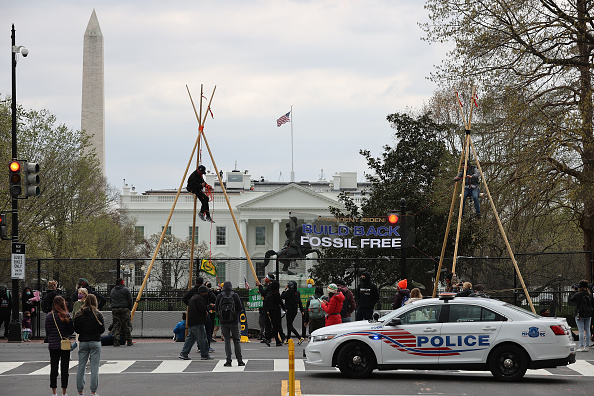 Dakota Access Pipeline「Environmental Activists Call On Biden Administration To Cancel Oil Pipeline Projects」:写真・画像(16)[壁紙.com]