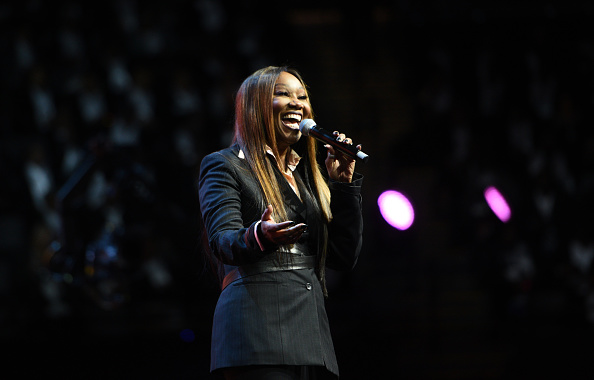 Yolanda Adams「Peace Starts With Me」:写真・画像(6)[壁紙.com]