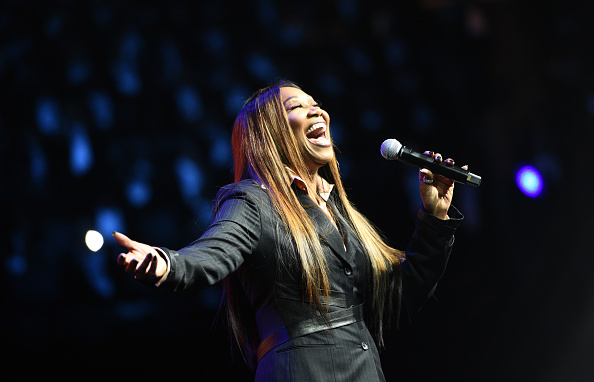 Yolanda Adams「Peace Starts With Me」:写真・画像(3)[壁紙.com]