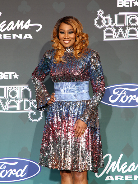 Yolanda Adams「2019 Soul Train Awards - Arrivals」:写真・画像(2)[壁紙.com]