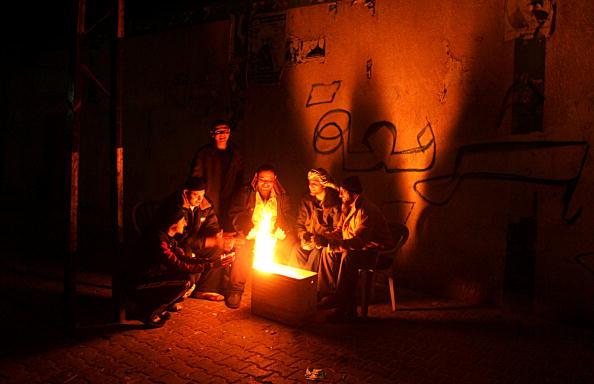 Abid Katib「Lack of Fuel Forces Closure Of Palestinian Power Plant」:写真・画像(18)[壁紙.com]