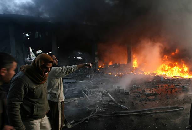 Israel Launches Further Raids on Gaza:ニュース(壁紙.com)