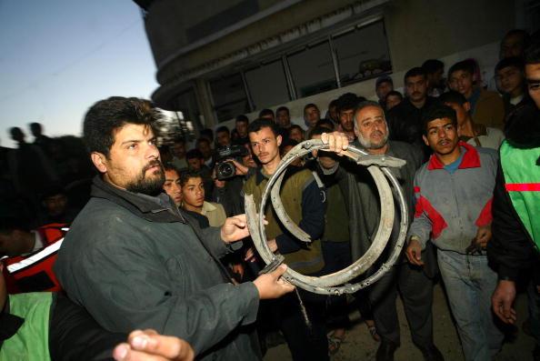 Abid Katib「Sheikh Ahmed Yassin Killed In Israeli Air Strike」:写真・画像(0)[壁紙.com]